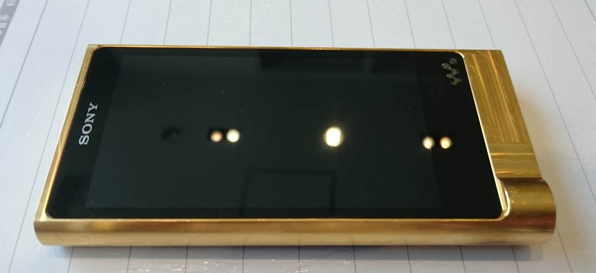 金色に輝くハイレゾウォークマンNW-ZX2