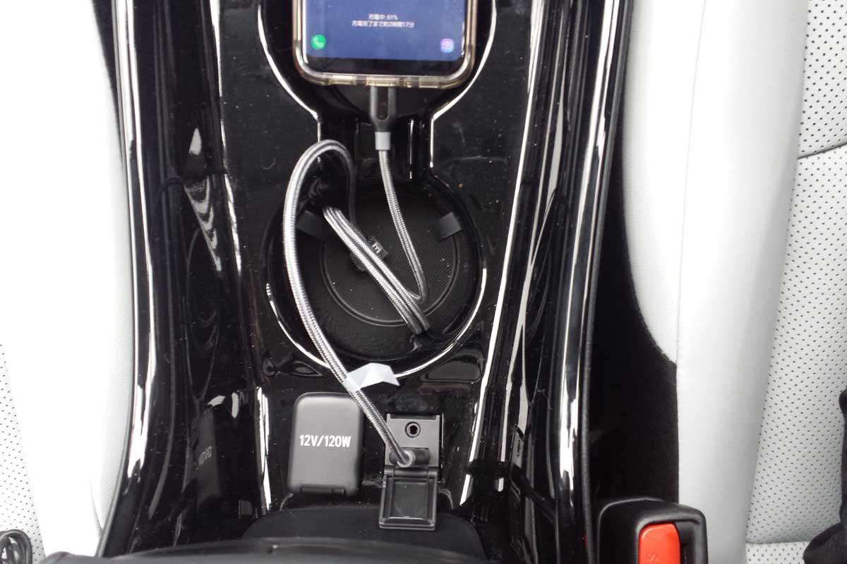 プリウス純正音楽用USB端子接続